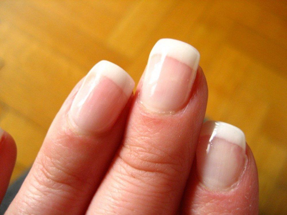 beautiful-fingernail.jpg